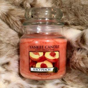 YANKEE CANDLE Juicy Peach 🍑 Medium